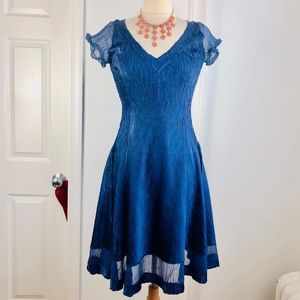 Komarov Brilliant Blue Crinkle Dress Size Small